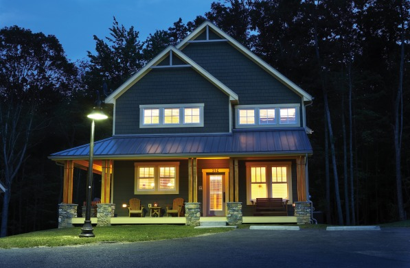 house-3-front-nite-2
